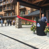 Shumlin celebrates opening of burke mountain hotel