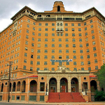 Texas Hotel, to Regain its Luster, Relies on Foreign Dollars